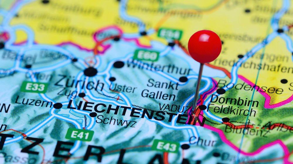 Im Fürstentum Liechtenstein sprechen die ungefähr 38.000 Einwohner Deutsch.