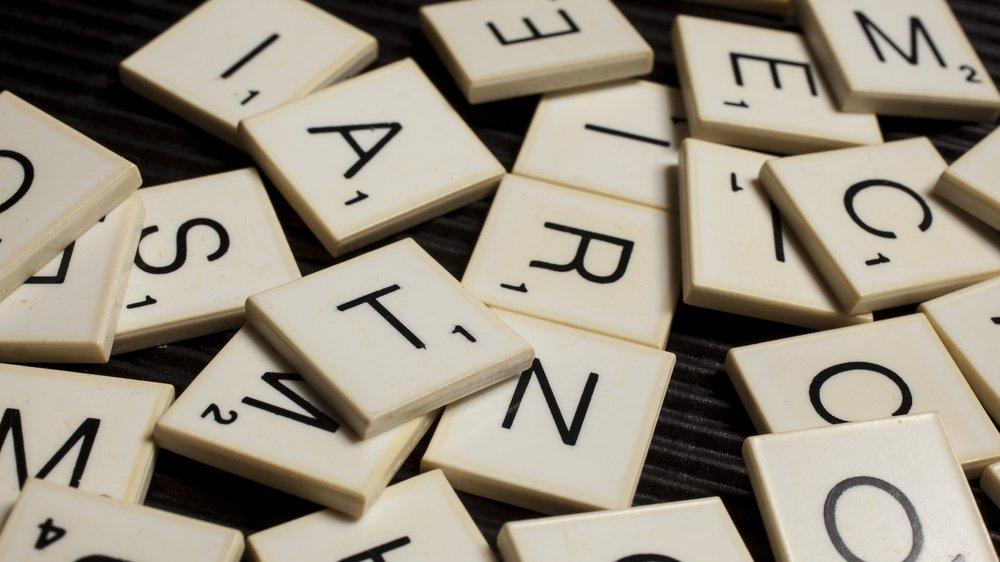 Retskrivning er både stavning og tegnsætning.