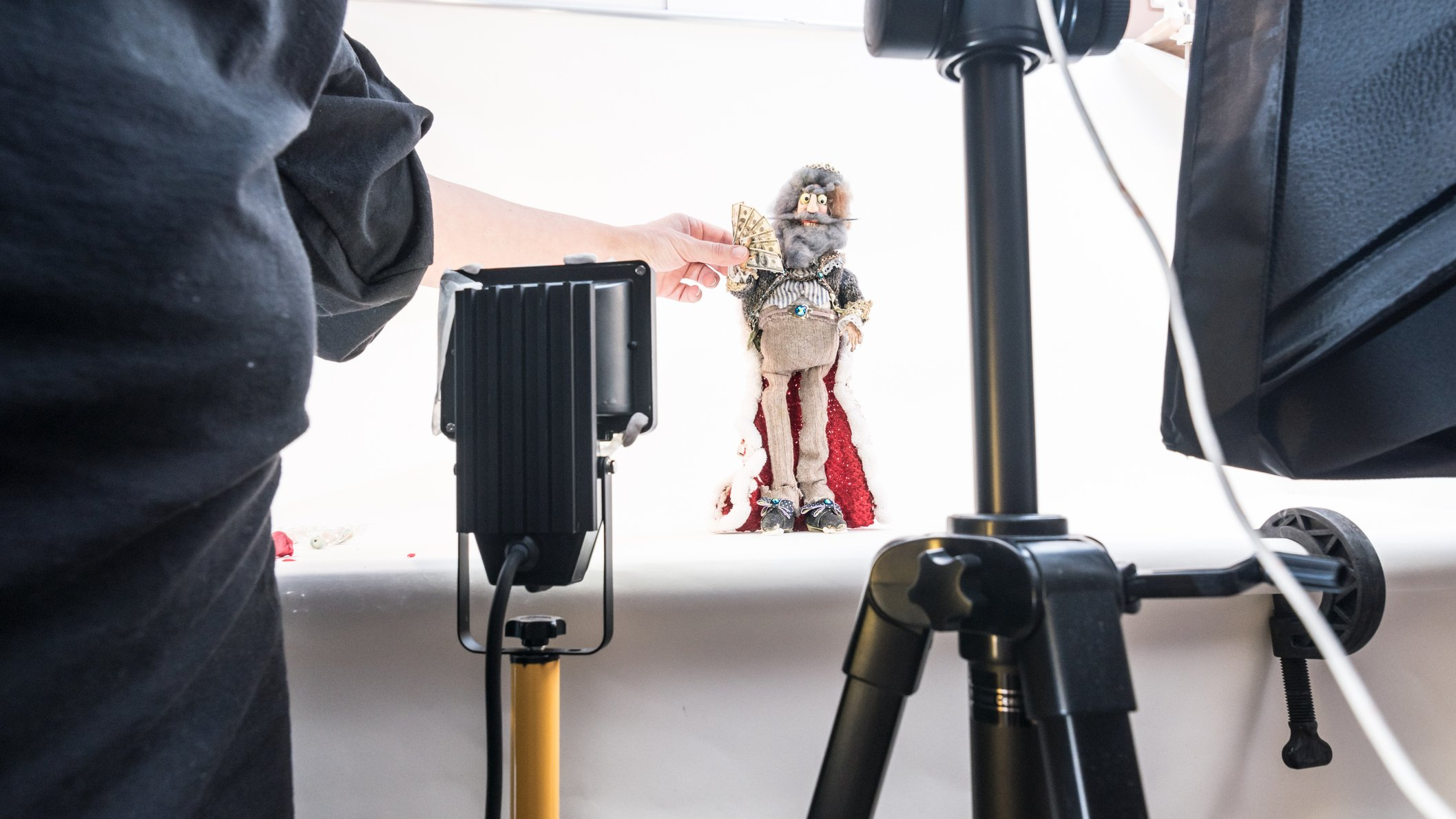 Du kan lave stopmotion-film med alt fra dukker til kartonfigurer.