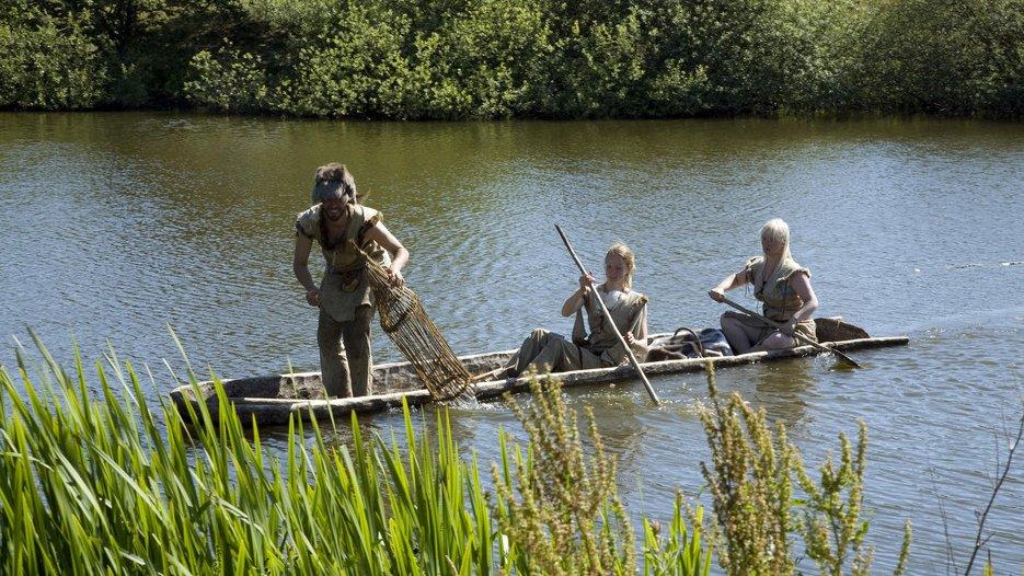 I jægerstenalderen brugte folk stammebåde, når de skulle transportere mennesker eller ting på vandet.