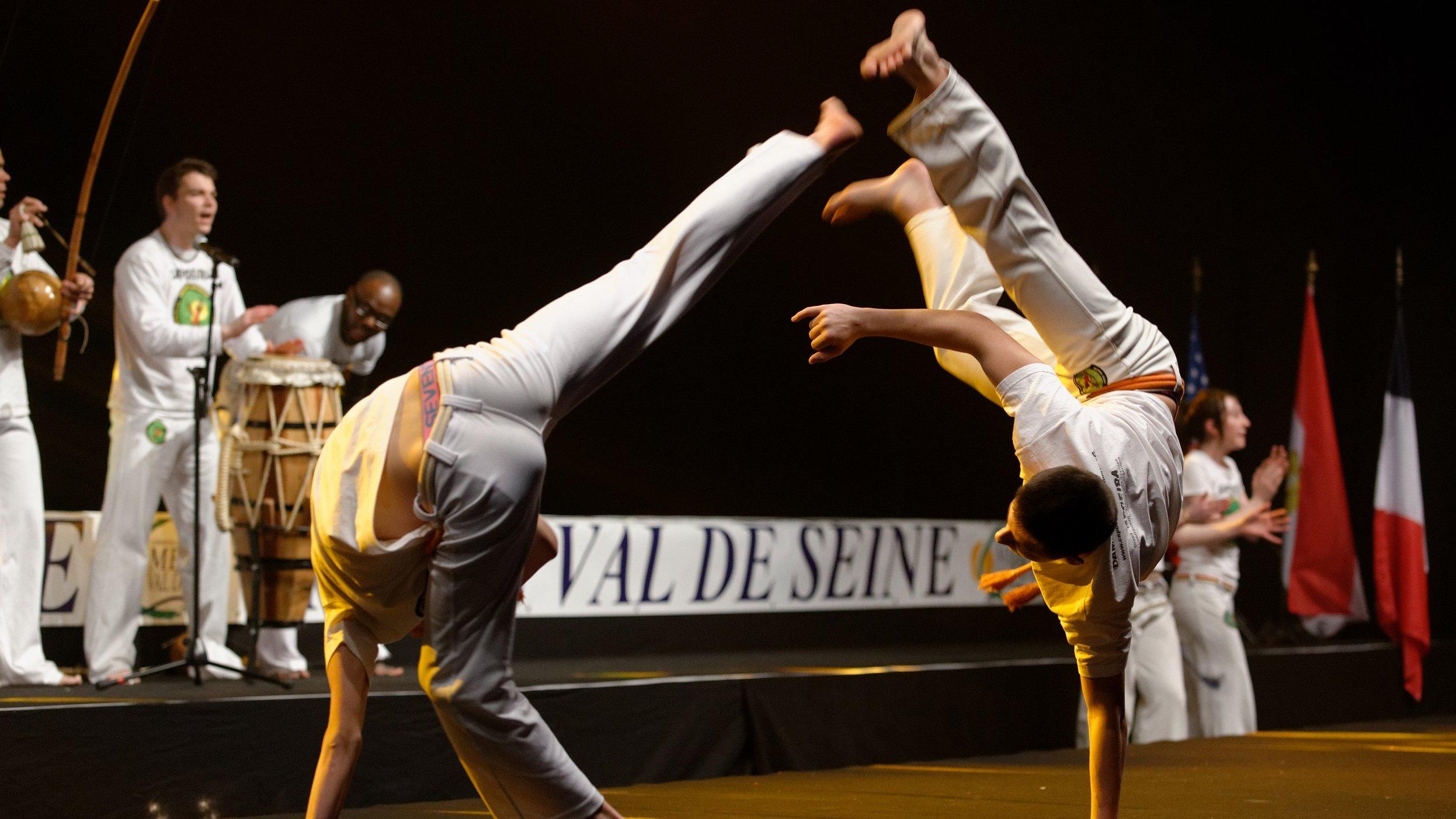 I capoeira rører man ikke hinanden.