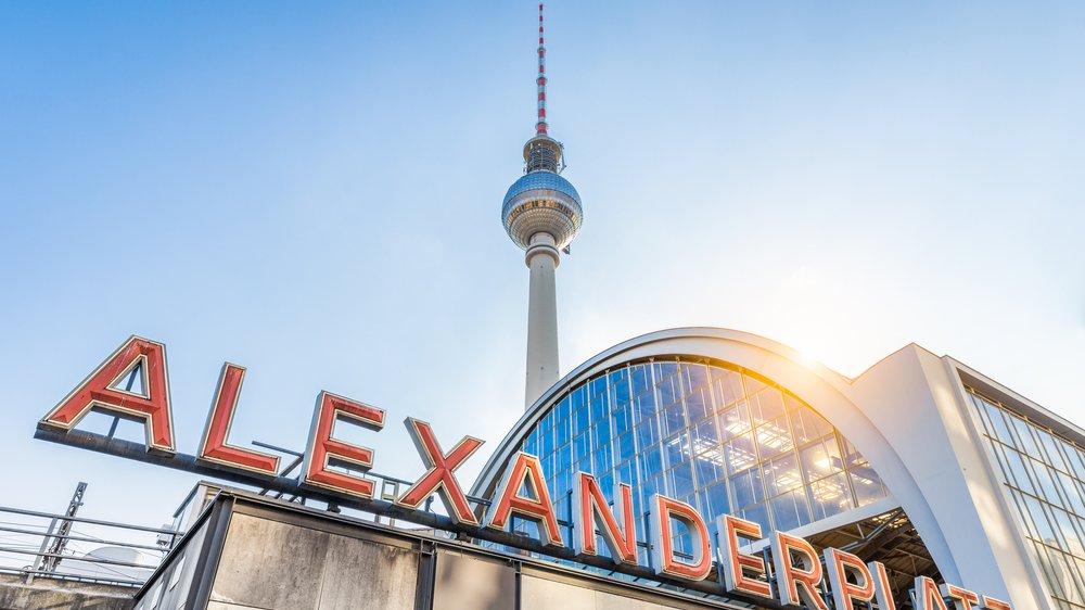 Der Fernsehturm am Alexanderplatz.