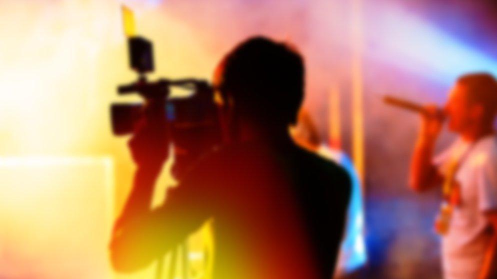 Hvad har musikvideoer og reklamefilm til fælles?