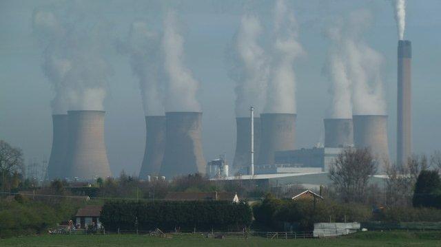I det moderne samfund har vi brug for meget energi. Men der kan også være ulemper ved energiproduktionen.