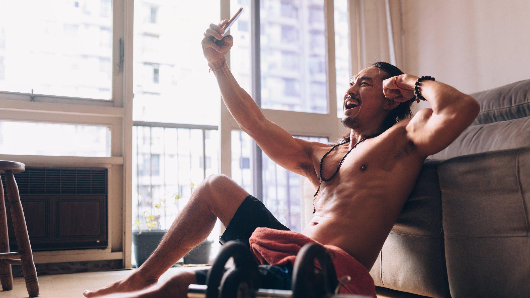 Vores kroppe er i fokus som aldrig før, hvilket gør vores kropssyn til et aktuelt tema.