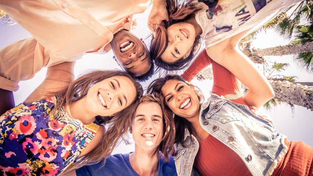 Wir brauchen alle Familie und Freunde, mit denen wir die Freizeit genießen können.