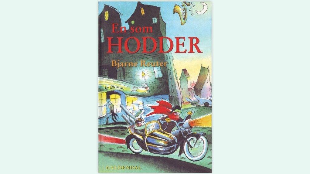 """""""En som Hodder"""" er skrevet af Bjarne Reuter."""