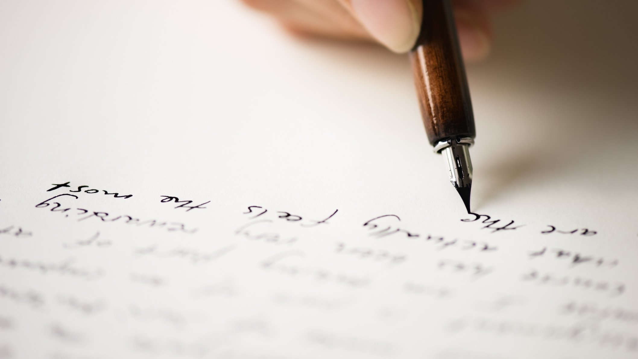 Kortprosa er korte fortællende tekster, som er støvsuget for detaljerede beskrivelser.